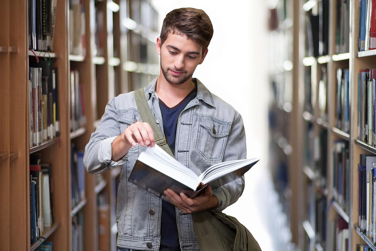 komu opłaci się zatrudnić studenta
